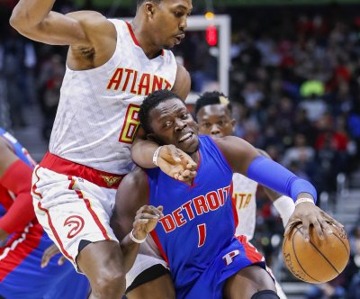 Reggie Jackson to join Los Angeles Clippers after buyout with Detroit Pistons