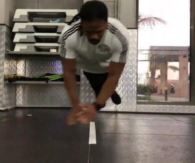 UAE athlete breaks Guinness record for side jump pushups
