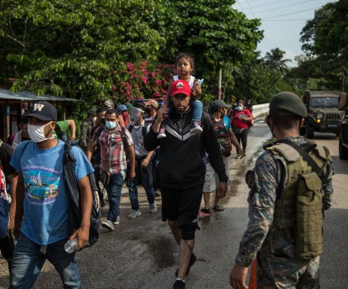 Migrant caravans restart as pandemic deepens crisis at U.S.-Mexico border