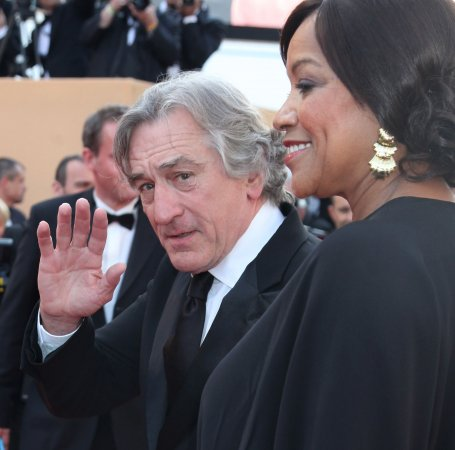 De Niro to be honored at Hollywood Awards