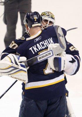 Blues' Tkachuk announces retirement