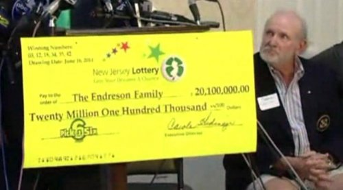 Hurricane Sandy victims win lottery
