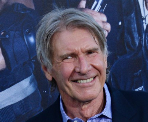 'Star Wars' teaser trailer to screen in 30 theaters Friday
