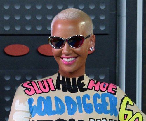 Amber Rose on defending Kim Kardashian's nude selfie: 'What's right is what's right'