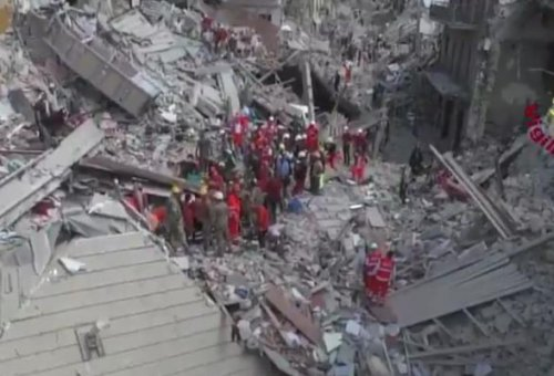 Dozens killed in Italy earthquake; rubble buries towns, closes roads