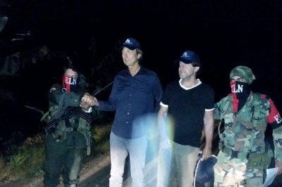 Colombian ELN rebels release kidnapped Dutch journalists, ombudsman says
