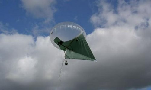 Army tests blimp-kite hybrid 'Helikites'