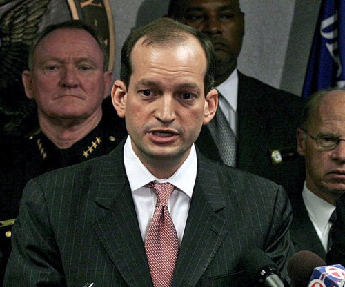 Trump nominates Alexander Acosta as labor secretary