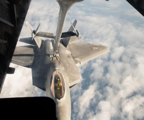 U.S., coalition conduct 11 strikes on IS over Thanksgiving weekend