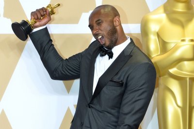Kobe Bryant wins Oscar for short film 'Dear Basketball'