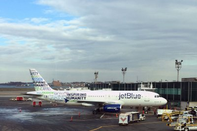 JetBlue: Layoffs part of plan to save $300M in 2 years