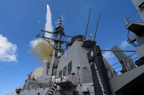 Raytheon wins $13.2M contract for SM-2, SM-6 missile support