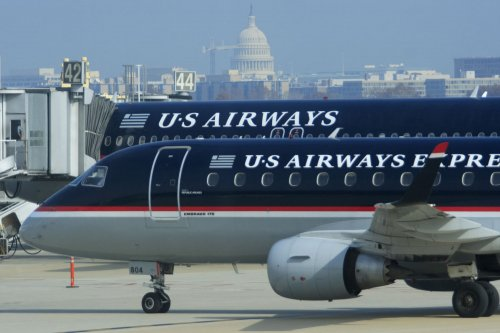 US Airways considers $2 billion 'hole'