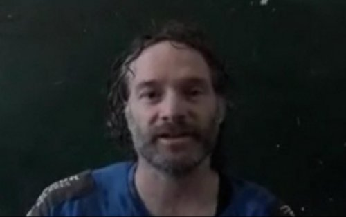 Freed journalist Peter Theo Curtis 'overwhelmed with emotion'