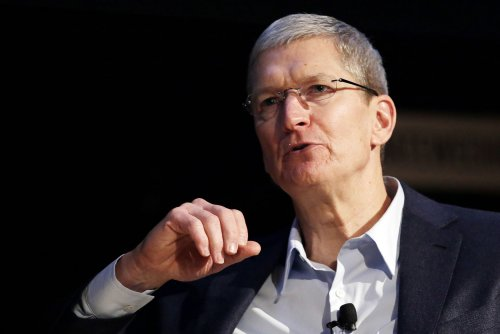 iPhone 6 sales fuel positive gains for Apple, as Wall Street awaits reports from Microsoft and Amazon