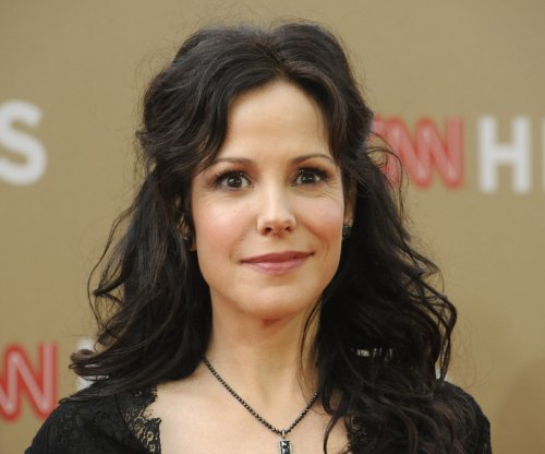 Mary-Louise Parker to star in 'Heisenberg' play in NYC