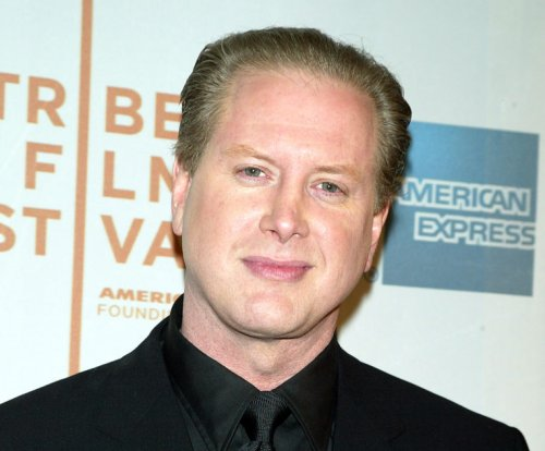 Darrell Hammond brings back his killer Clinton impression on 'Saturday Night Live'