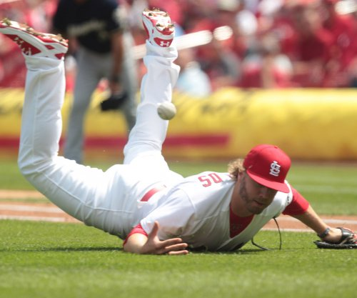 Lackey, St. Louis Cardinals edge Milwaukee Brewers