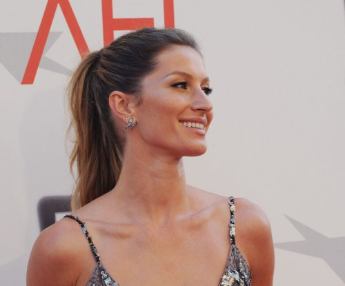 Gisele Bündchen spotted amid plastic surgery rumors