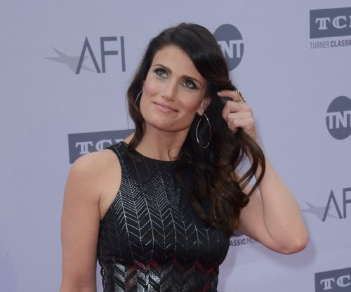 Idina Menzel releases new music video 'I See You'