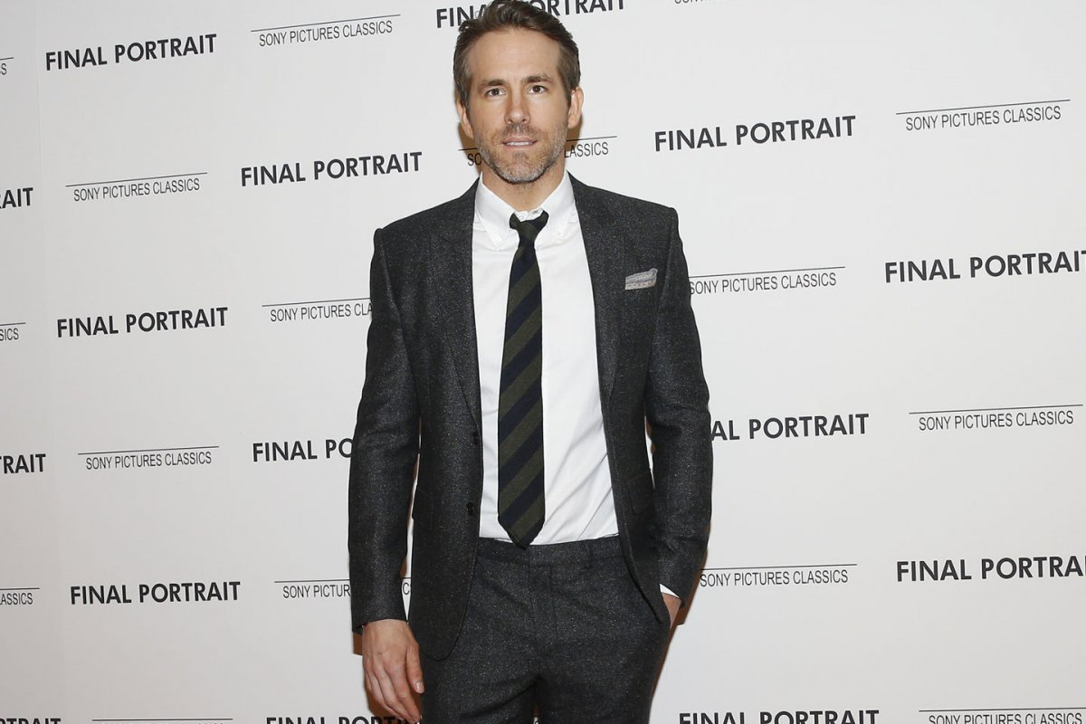 Ryan Reynolds And Michael Bay Teaming Up For Netflix Movie Upi