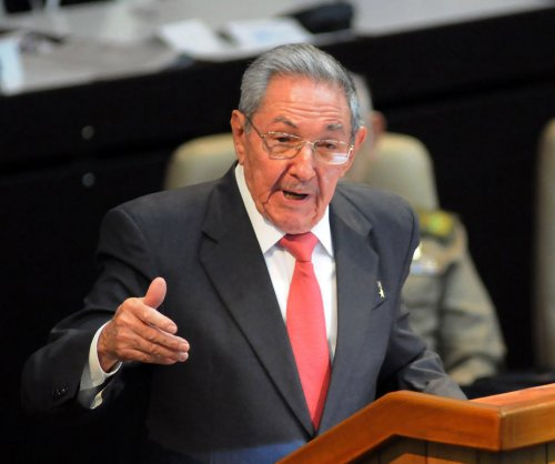 Raúl Castro proposes reshuffling government power, same-sex marriage
