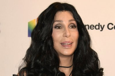 Cher says Broadway show explores Sonny Bono relationship