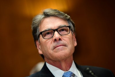 Energy Secretary Rick Perry announces plans to resign amid Ukraine probe