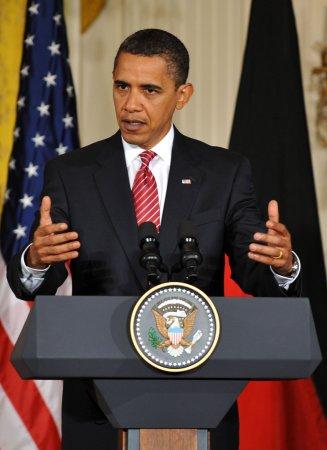 Boehner attacks Obama on deficit