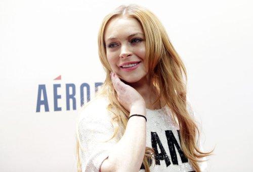 Lindsay Lohan co-hosts 'The View'