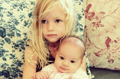 Jessica Simpson's daughter, CaCee Cobb's baby enjoy playdate