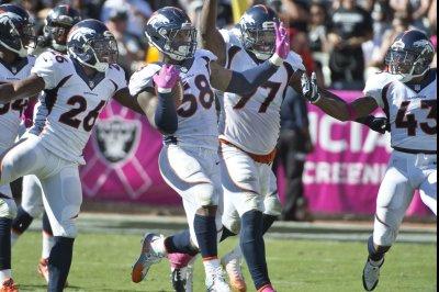 Defense bails out unbeaten Denver Broncos
