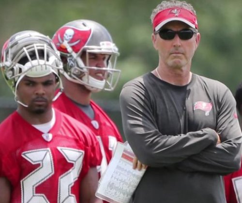 Tampa Bay Buccaneers near deal with Dirk Koetter