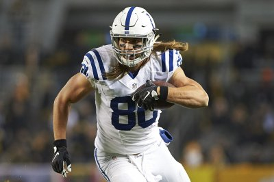 New Orleans Saints nab free agent tight end Coby Fleener