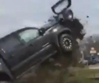 Louisiana chase ends with pickup taking 'Dukes of Hazzard' style flight