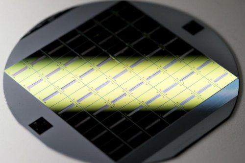 New flexible glass to bolster tiny medical devices