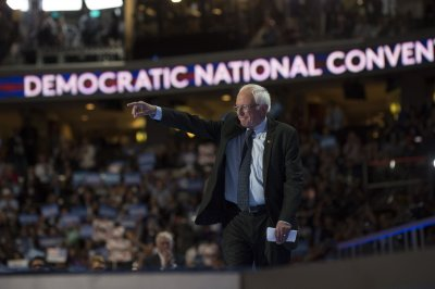 Sanders proposes ban on corporate money from 2020 Democratic convention