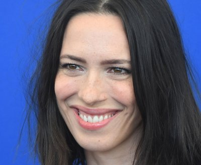 Rebecca Hall: 'Tales from the Loop' is 'subtle,' 'philosophically challenging'