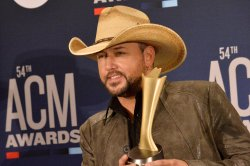 Jason Aldean to perform live shows at Bonnaroo Farm in May