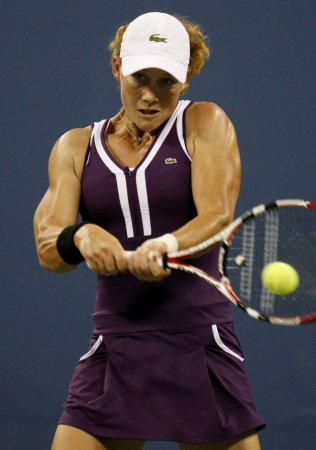 Stosur moves to eighth in world Top 10