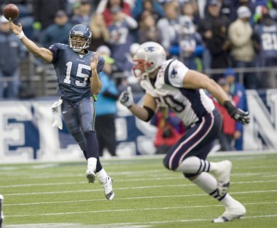 NFL: New England 24, Seattle 21