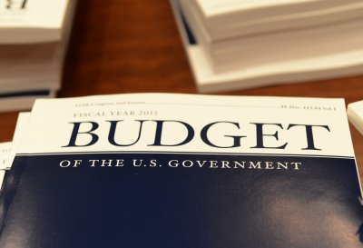 President Obama submits $3.9 trillion budget proposal