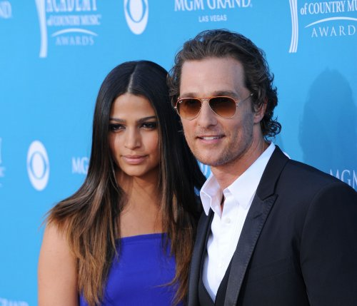 McConaughey, Alves wed