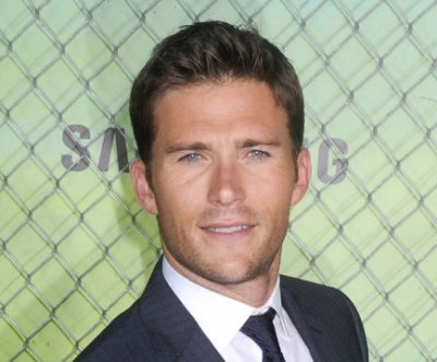 Scott Eastwood apologizes to late ex-girlfriend's dad