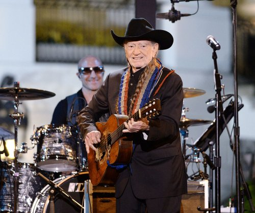 Willie Nelson ends Salt Lake City concert early, blames high altitude