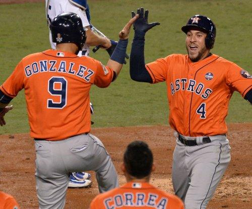Houston Astros beat Texas Rangers on balk call