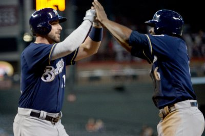 Lorenzo Cain not yet able as Brewers, Twins close out series