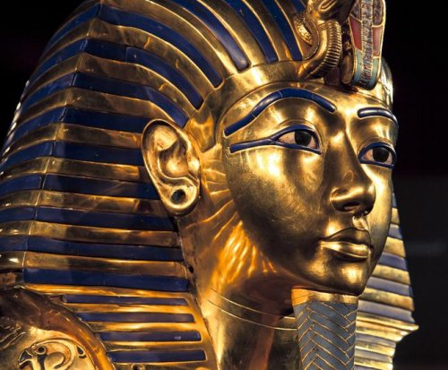 Museum staff in Egypt facing charges over failed King Tut beard job