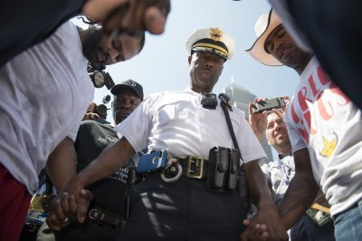 Poll: Confidence in police increases to historical average