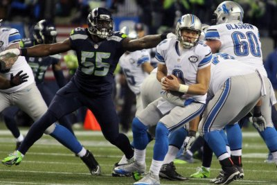 Detroit Lions sign offensive tackle Nick Becton